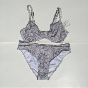 Bikini 2 pc Animal print Grey/Silver/White Sz 32D